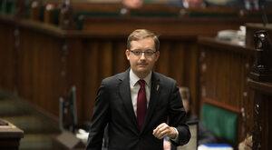 Polska zdezerteruje ws. paszportów? Winnicki: Polityka klękania wobec...
