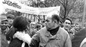 Białe plamy PRL i III RP - święci bez żywotów